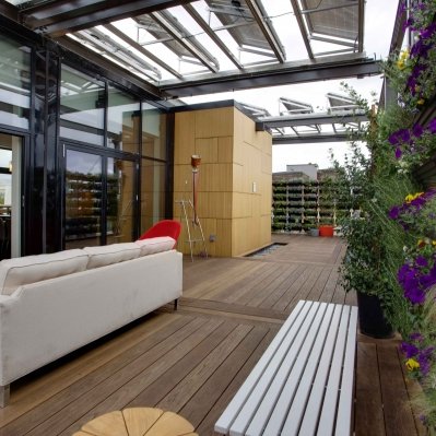The outdoor rooms are analogues to the indoor space...